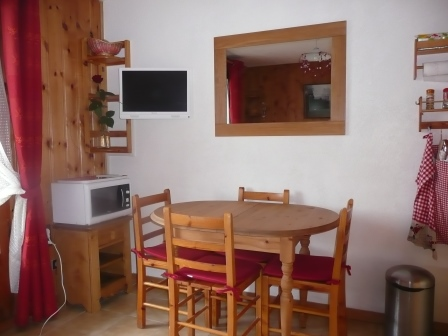 Aravis S12 - Dining room