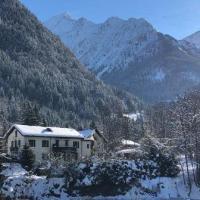 Skiiers lodge (S17)