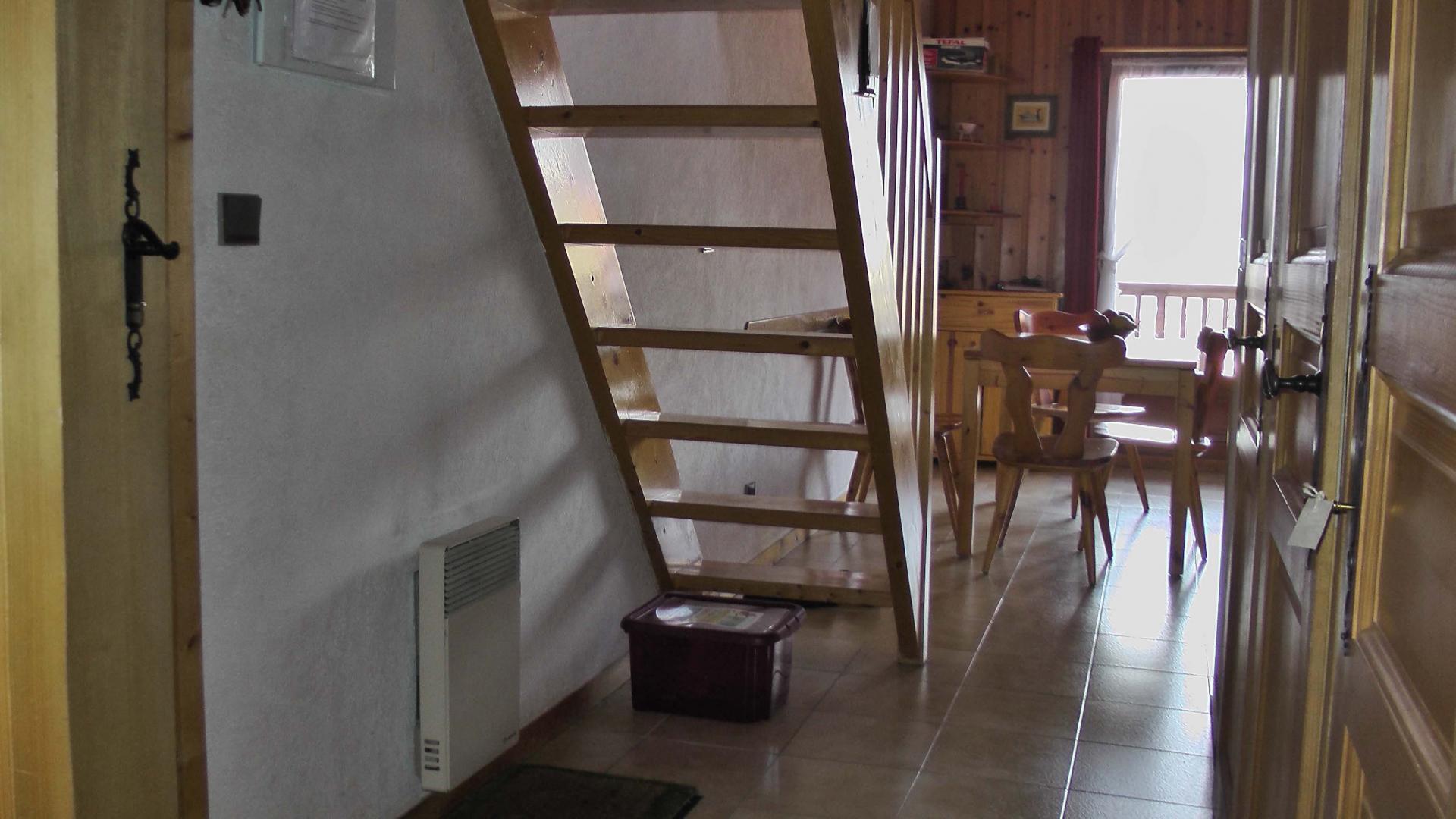 Aravis S10 - Inner stairs