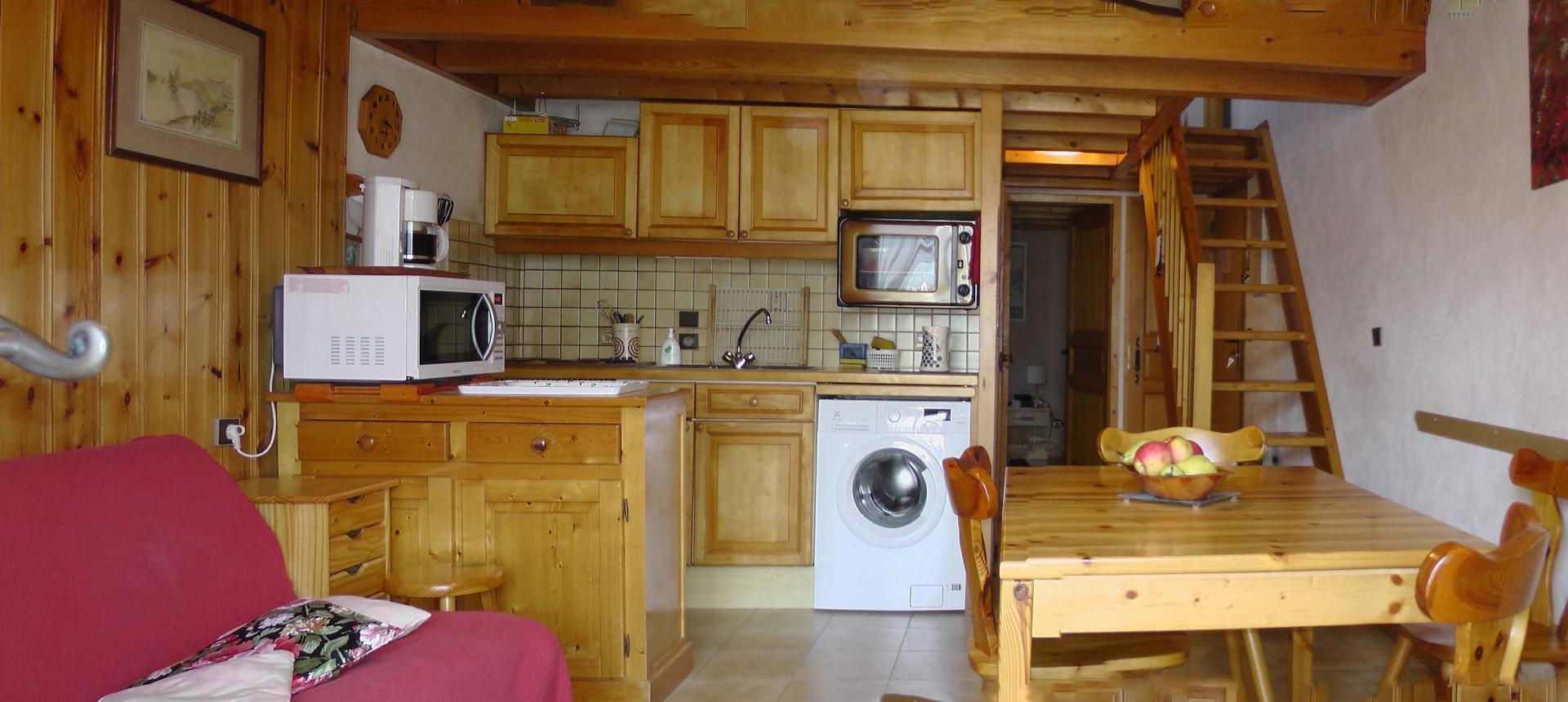 Aravis S10 - Living room 2