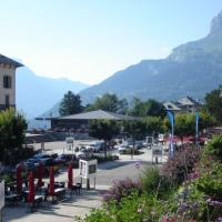 Promenade Mt Blanc
